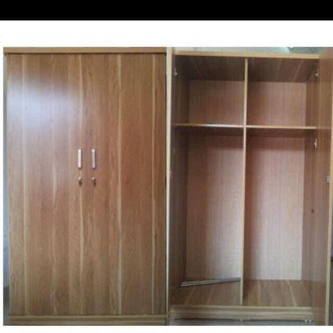 Tủ áo giá rẻ sinh viên loại 1x1.9m
